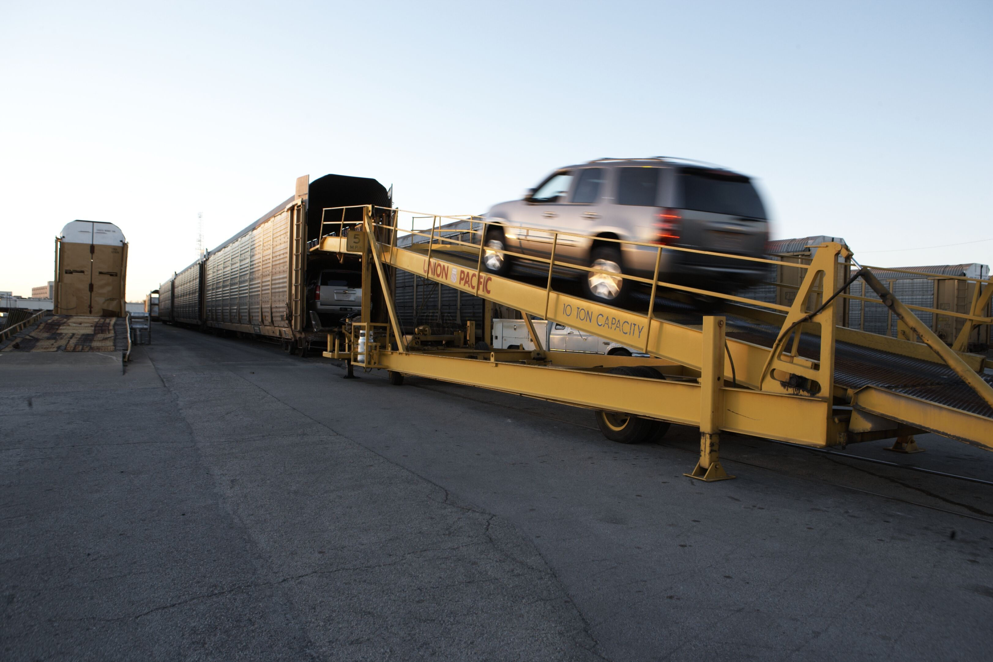 What Happens At A Rail Ramp Shipcarsnow